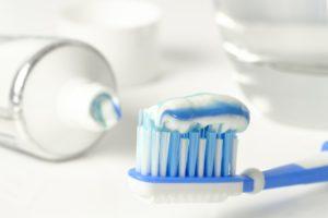 A fluoridmentes fogápolás előnye és fluormentes fogkrém rendelés